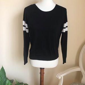 Sweaters - Black Crew Neck Sweater